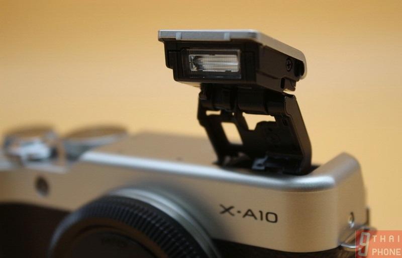 Fujifilm X-A10 // ninethaiphone