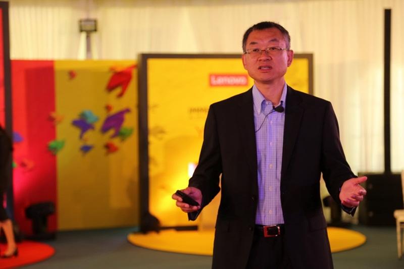thumbnail_คุณเรย์ โจว กรรมการบริหารและผู้จัดการทั่วไป ฝ่ายกลุ่มธุรกิจจอแสดงผล เลอโนโว