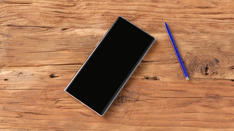 05_galaxy_note10_with_s_pen.