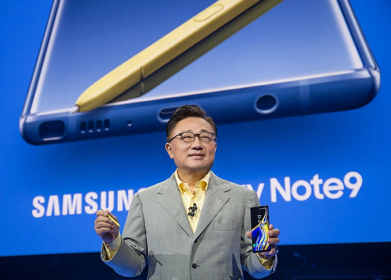 DJ Koh, President and CEO of IT & Mobile Communications Division, Samsung Electronics