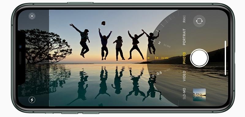 Apple_iPhone-11-Pro_Ultra-Wide_091019_big.jpg.large_2x
